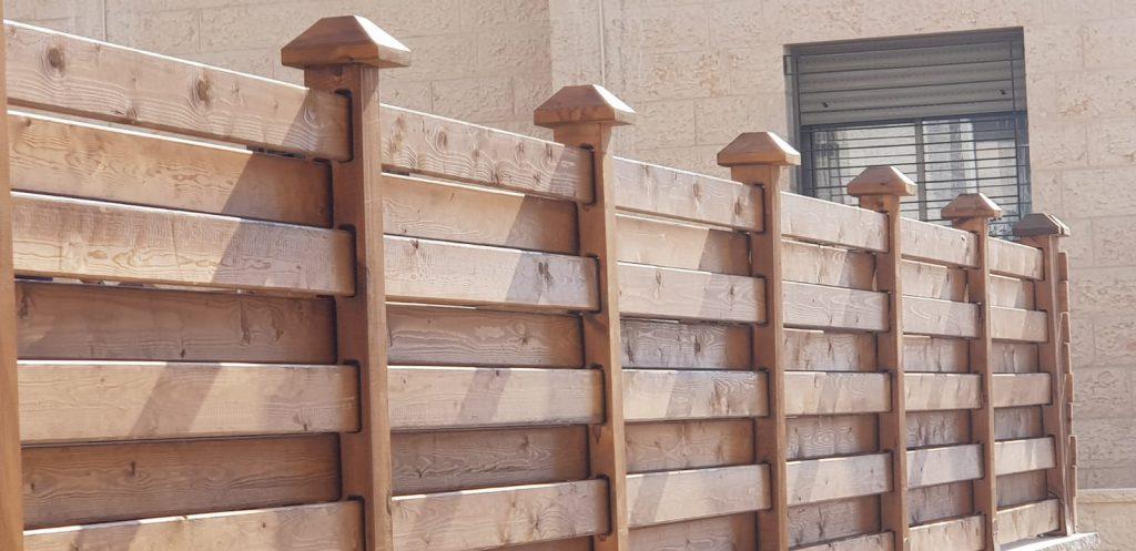 גדרות עץ איכותיות בהרכבה עצמית